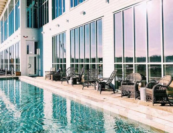 Utomhuspool på hotell Havsbaden