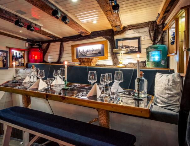 Middag på båten M/S Donalda