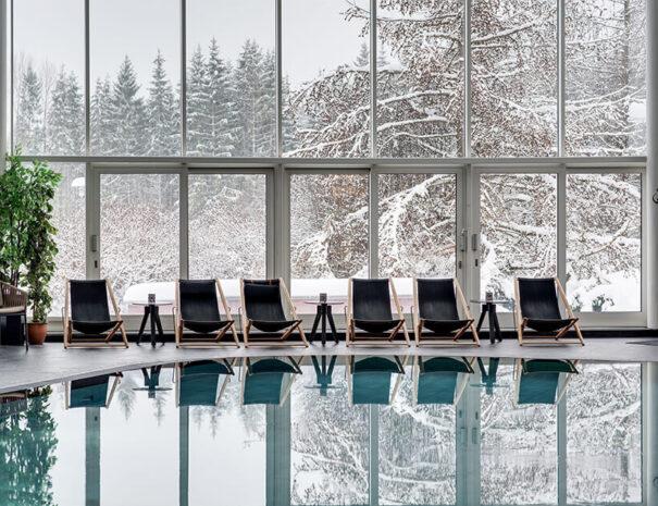 Spa med vintrigt landskap på Selma Spa